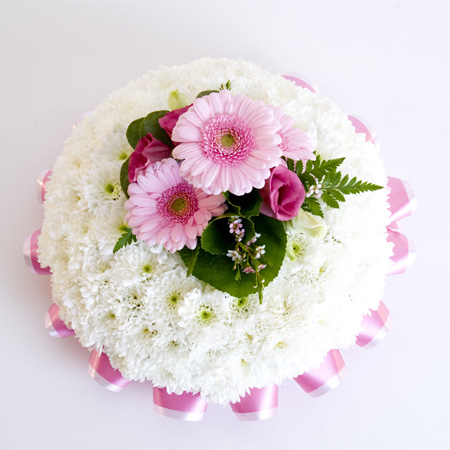 Based Posy White Base With Pink Spray Reference: SYM16
