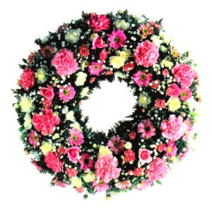 Open Wreath Including Carnation, Rose & Chrysanthemum Reference: SYM18