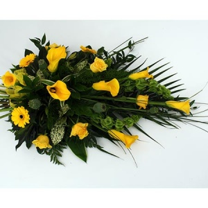 Natural Spray With Stems, Roses, Gerbera & Calla Lily Reference: SYM5